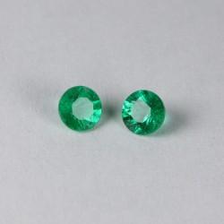 Round emerald pair